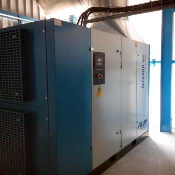 Instalación neumática en una fabrica de curtidos